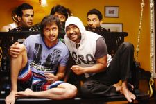 Another laughter RIOT 'Golmaal Again' starts rolling