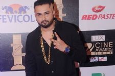 Fan gestures at an all time high for Honey Singh's birthday this year!