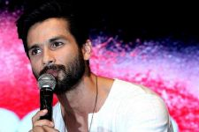 See the movie before JUDGING it: Shahid Kapoor