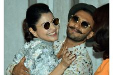 Anushka Sharma just REPLACED her ex-boyfriend Ranveer Singh