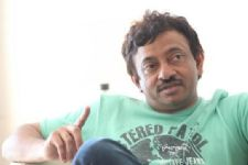 Ram Gopal Varma takes DIG at National Film Awards!