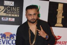 Honey Singh bags PTC Punjabi Film Award 2016 for Zorawar!
