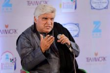 Javed Akhtar's COMMENT on TRIPLE TALAQ!