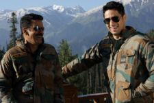Sidharth Malhotra and Manoj Bajpayee shoot in Kashmir!