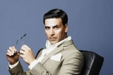 Akshay Kumar starts his 'Gold' innings in London