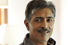 Shouldn't have Censorship in films: Prakash Jha