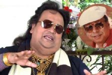 Bappi Lahiri pays tribute to R.D. Burman with 'Dilli ki raat'