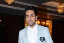 I think 'Baahubali' ate up business of 'Meri ...': Ayushmann
