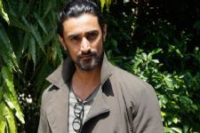 Kunal Kapoor channelises his 'restless energy' in acting!