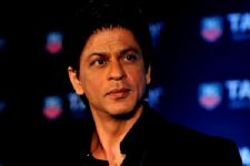 Have no opinion on nepotism debate: SRK