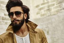 I'm an authority on selfies, says Ranveer Singh