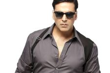 B-Town celebs wish 'enduring star' Akshay Kumar on birthday