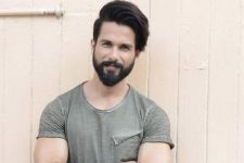 Shahid Kapoor's LOOK from Padmavati REVEALED