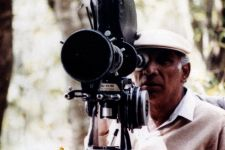 Celebrities remember 'legendary' Yash Chopra on 85th birth anniversary