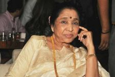 Happy, proud of being immortalised in wax: Asha Bhosle