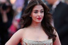 List of 10 best dance numbers of Aishwarya Rai on her big day.