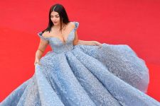 WOW: Aishwarya Rai's birthday cake was inspired by her CANNES look