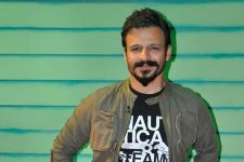 Vivek Oberoi to release an anti-tobacco video
