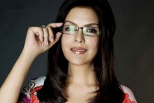 Zeenat Aman turns 66, speaks of lessons learnt in life