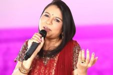 Young singers don't make Sadhana Sargam feel insecure