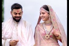 Karan Johar wants to keep staring at the pictures of #Virushka