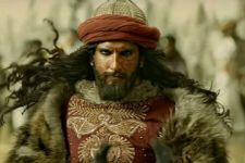 Ranveer Singh unveils his 'MONSTER' LOOKS
