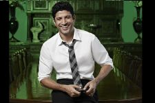 Farhan Akhtar wins HT Reader's Choice Style Icon at Style Awards