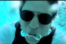 Shah Rukh Khan JUMPED, went UNDERWATER, gave a HEARTFELT Message