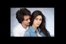 Garba lessons galore for Loveratri duo Aayush Sharma and Warina