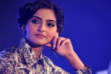 I just don't think I am his kind of an actor: Sonam Kapoor