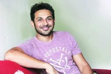 Important for celebrities to share their weaknesses: Apurva Asrani