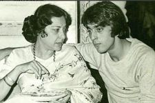 Sanjay Dutt remembers Late actress Nargis on her death anniversary.