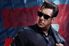Salman Khan thanks audience for watching 'Race 3'