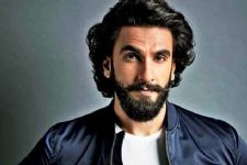This Epic Throwback Picture From Ranveer Singh Made Deepika Cringe