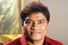 Johny Lever supports youth-oriented film 'Back To Dad'