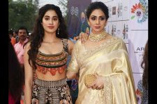 PHOTOS: Here's the proof of Janhvi Kapoor resembling her MOM Sridevi