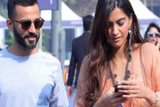 Hubby Anand turns out to be a cure for Sonam Kapoor's stress