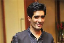Indian fashion designers are seen in different light globally:Manish