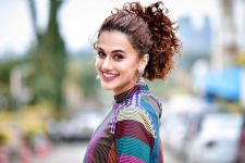 Troll compares Taapsee with Rishi Kapoor, she gives a savage reply