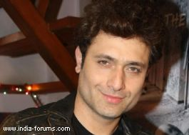 interview ofshiney ahuja