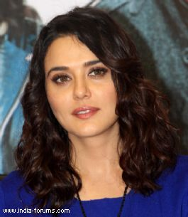 Film production a thankless job: Preity
