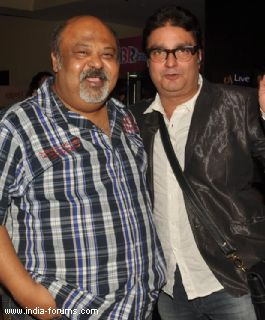 saurabh shukla and vinay pathak