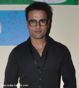 Actor-director rohit roy
