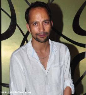 Actor deepak dobriyal