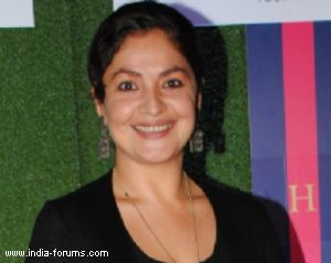 actor-filmmaker pooja bhatt