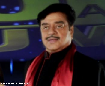 shatrughan sinha remains in hospital, medication adjusted: Doctor