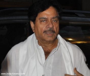 Actor-politician shatrughan sinha, who was hospitalised with some breathing problem