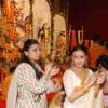 Rani Mukherjee and Vaibhavi Merchant at Durga puja at Santacruz