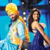 Deepika Padukone and Saif doing a punjabi dance
