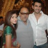 Suhasi, Alok Nath & Karan at �Yahan Main Ghar Ghar Kheli� celebrates the completion of one year